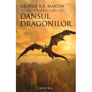 Dansul dragonilor (Seria Cântec de gheață și foc, partea a V-a) - 2 volume